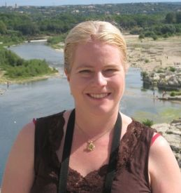 msMelissaSnark author photo for book