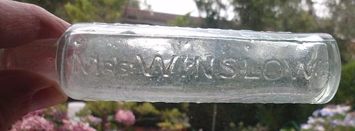 sjMrs_Winslows_Soothing_Syrup_bottle