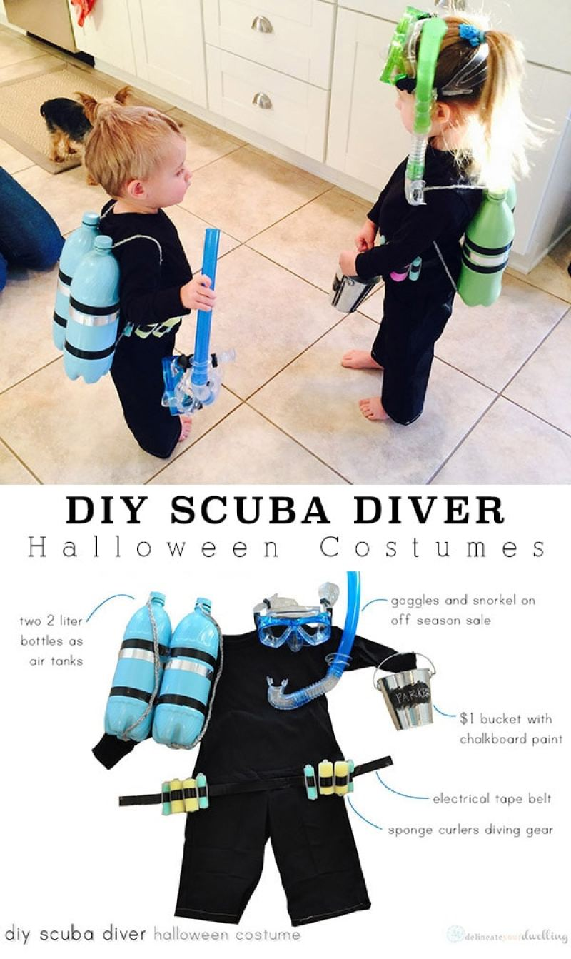 kids with Halloween scuba diver costume