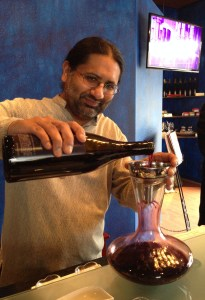 Kunal Mittal decanted their exquisite 2010 Reserve Rising Tempo wine.