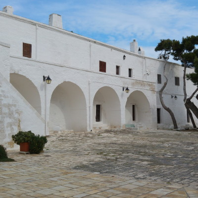 interno Abbazzia di San Vito