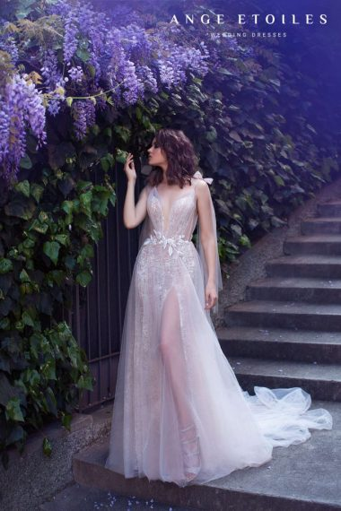 Afina wedding dress from Dell'Amore Bridal's Ali D'Amore Collection