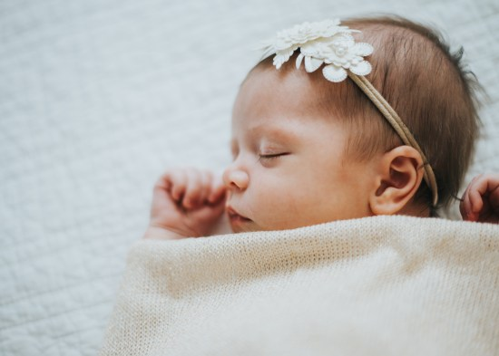 Newborn Photography | Utah Photography | Utah Newborns | Newborn Lifestyle | Utah | Love | Newborn | Dellany Elizabeth | Pose ideas | Photography | Family newborn