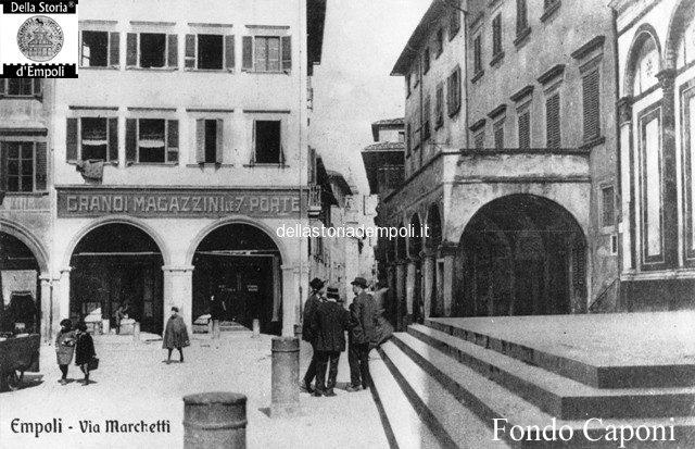Piazza Farinata Degli Uberti E Canto Guelfo, Col Magazzino Delle Sette Porte