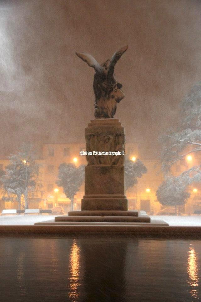 Piazza Vittoria Neve 01 02 2012 2