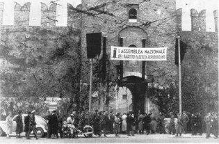 L'esterno di Castelvecchio di Verona la mattina del 14 novembre 1943