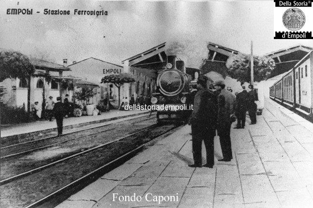 Fondo Caponi Empoli, Vol 1 Pagina 4: La Stazione E La Piazza, I Binari E I Treni…