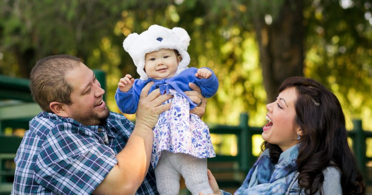 Riverside Family Photography at Fairmount Park