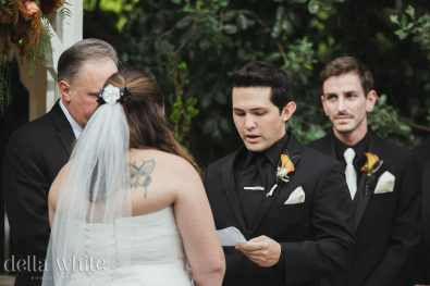 groom reading his vows