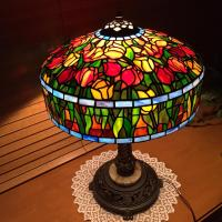 Tiffany Style Tulip Design Stained Glass Lamp - Delphi ...