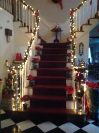Christmas staircase decorations : Furniture Ideas