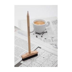 crayon-gomme-balai-1