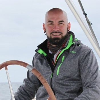 Katamaran Skipper Timon
