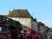 De nombreux engins de pompiers d'époque étaient présents.