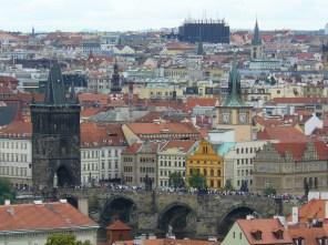Vue sur les toits de Prague.