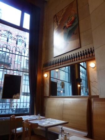 La brasserie Horta est le restaurant du Centre Belge de la Bande Dessinée.