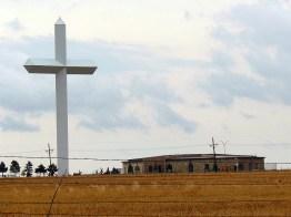 """La """"plus grande croix de l'hémisphère ouest"""" se situe à Groom, au Texas..."""