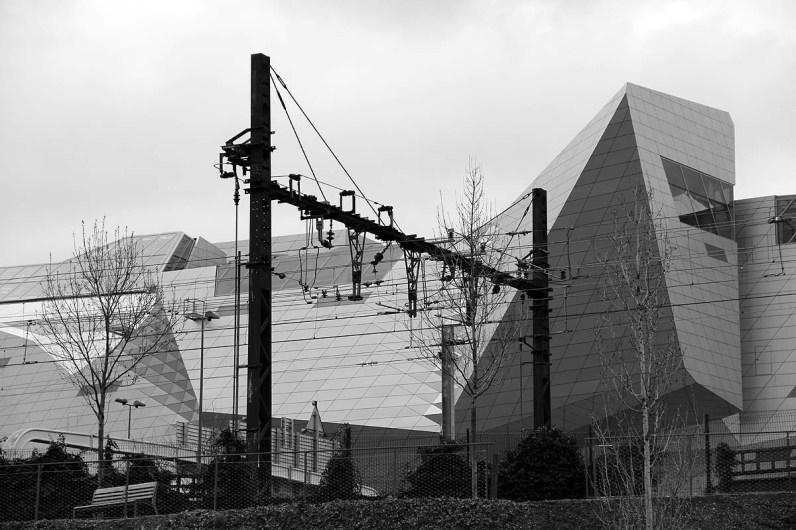 Rails et musée des Confluences.
