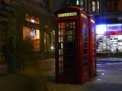 Les célèbres cabines téléphoniques rouges de Londres.