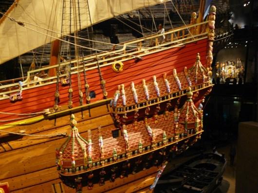 Le musée a été construit autour du bateau.