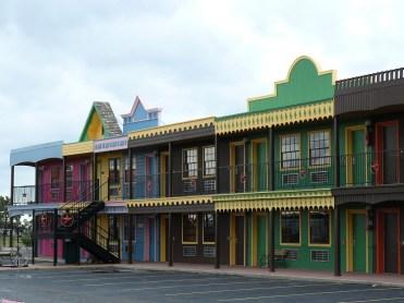 Le restaurant est situé au bord de l'Interstate 40, à Amarillo, au Texas.