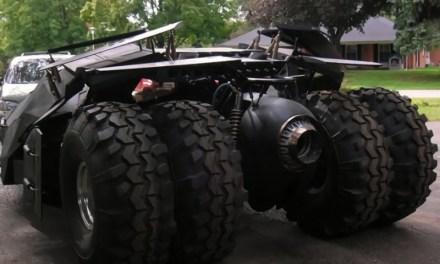 Batmóvil Tumbler réplica