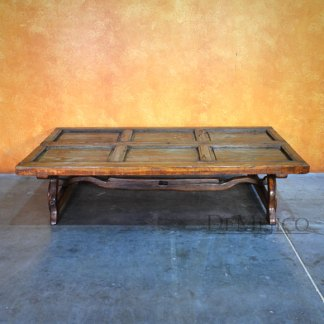 Rustic Old Door Coffee Table, Mesa Yugos