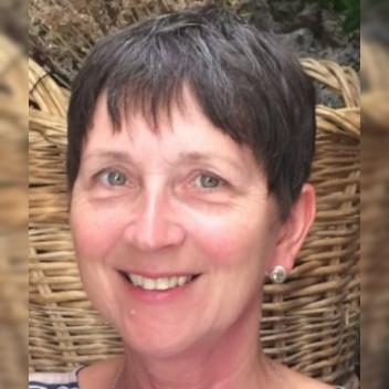 Photo of Ann Gibbons