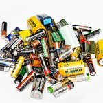 pile-used-batteries