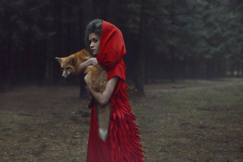 surreal animal human portraits katerina plotnikova 6 - Fotografias místicas: Pose de animais reais com seres humanos