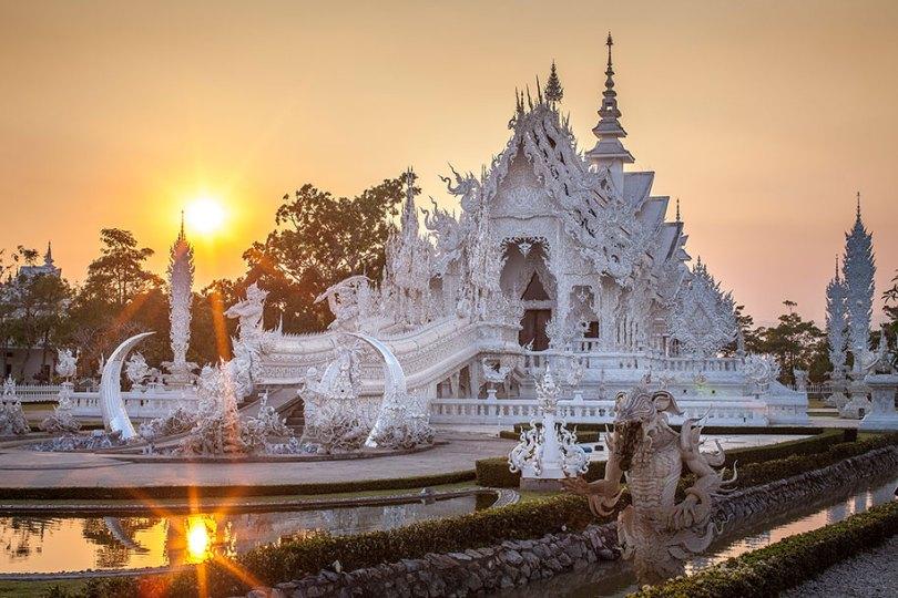 templo-branco-wat-rong-khun-budista-tailândia-arquitetura-1