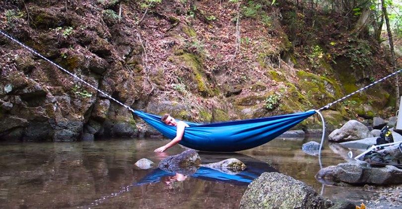 nature outdoor hot tub hydro hammock benjamin frederick 16 - Banheira estilo rede
