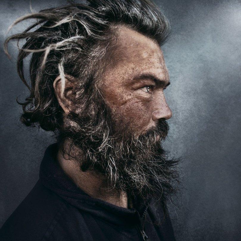 black white homeless portraits lee jeffries 2 - Projeto fotográfico de pessoas que vivem nas ruas