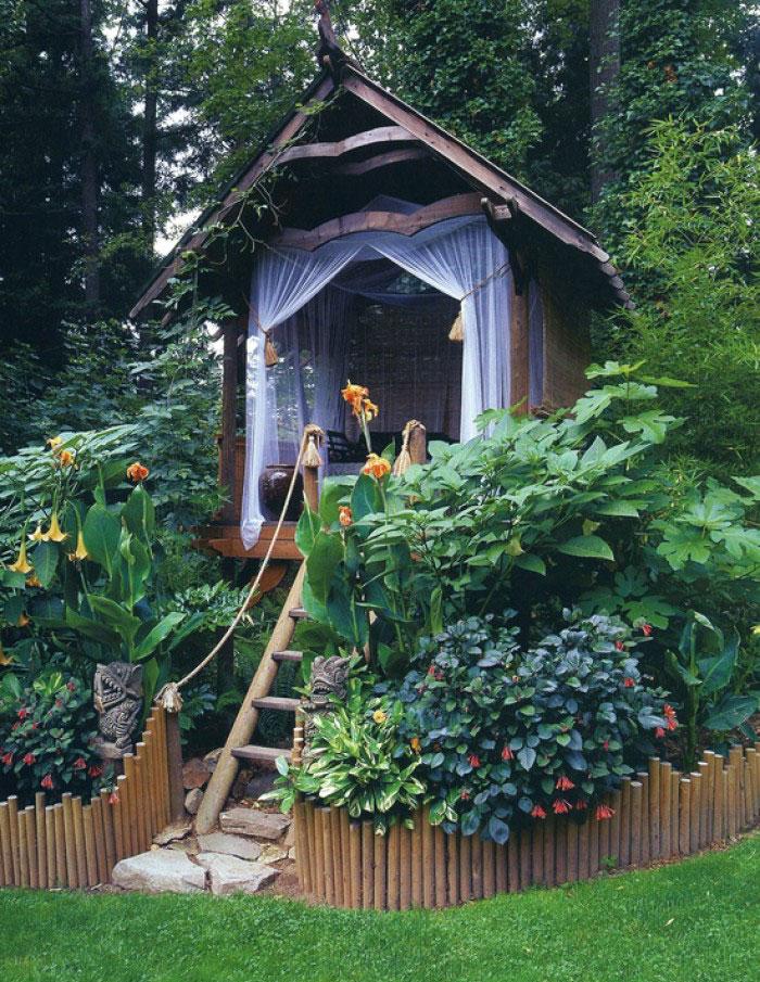 she-sheds-garden-woman-caves-4