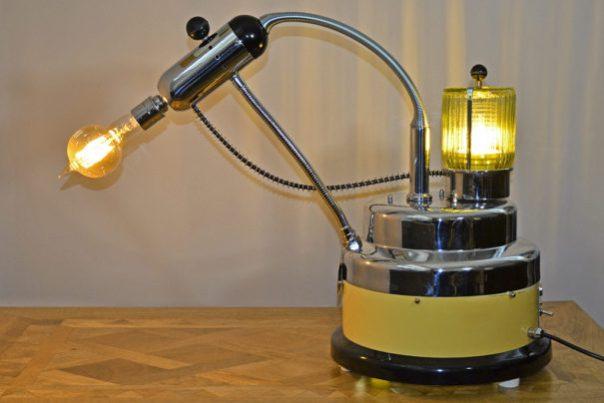 THE VAPORISER TABLE LAMP
