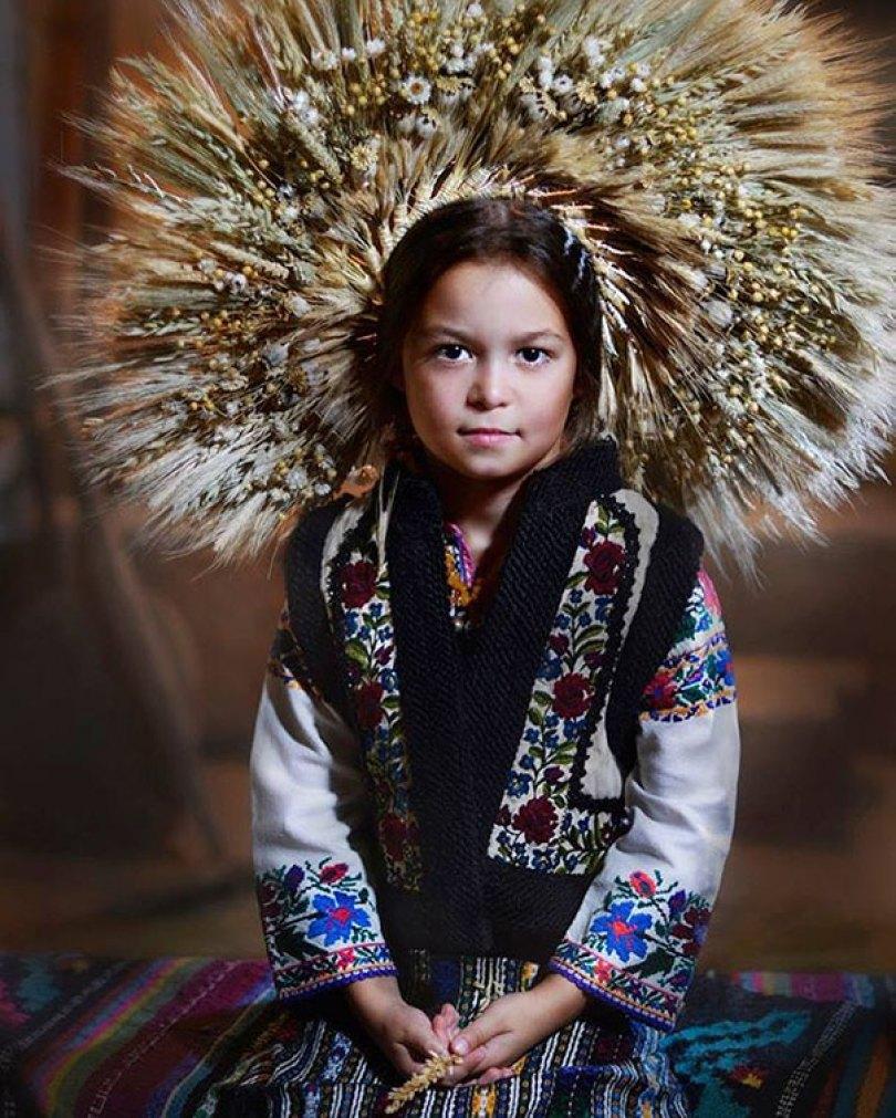 traditional ukrainian flower crowns treti pivni 4 - Mulheres e as coroas florais tradicionais de seu país