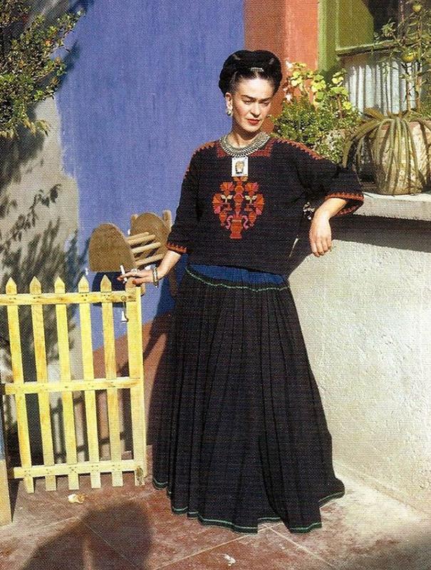 vintage-color-photos-frida-kahlo-26