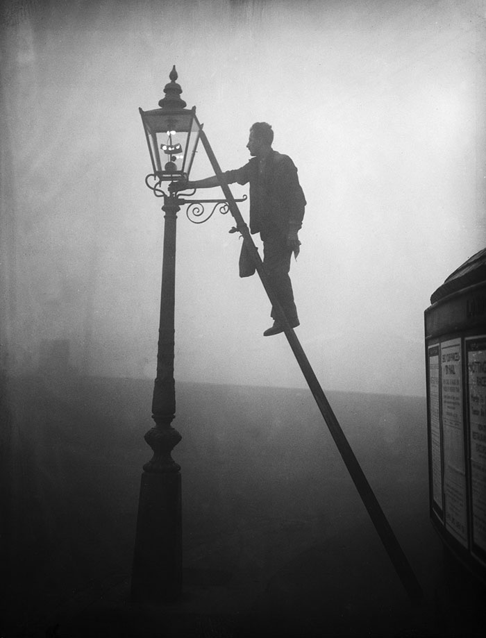 20th-century-london-fog-vintage-photography-1
