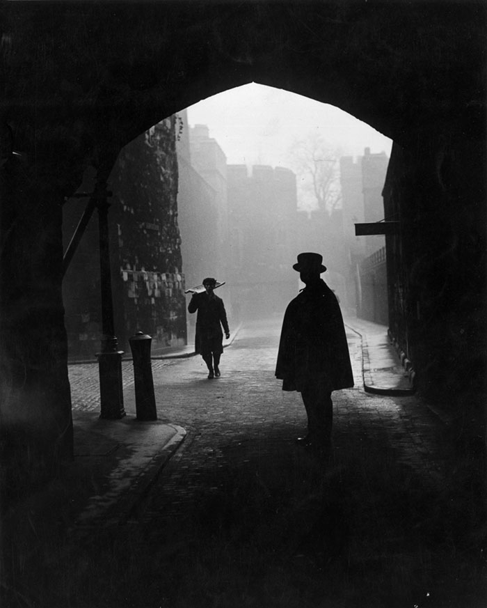 20th-century-london-fog-vintage-photography-10