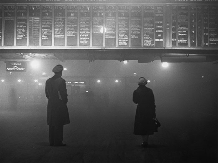 20th-century-london-fog-vintage-photography-4