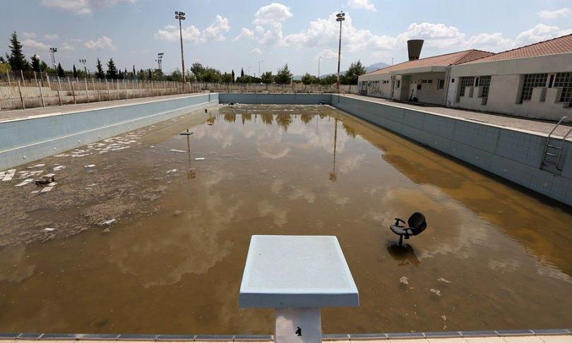 abandoned olympic venues urban decay 42 - Como ficou o complexo olímpico do Rio 2016 após o evento?