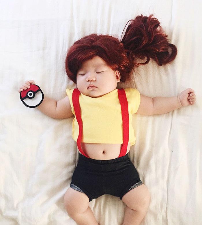 baby-sleeping-cosplay-joey-marie-laura-izumikawa-choi-11