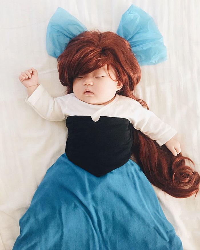 baby-sleeping-cosplay-joey-marie-laura-izumikawa-choi-9
