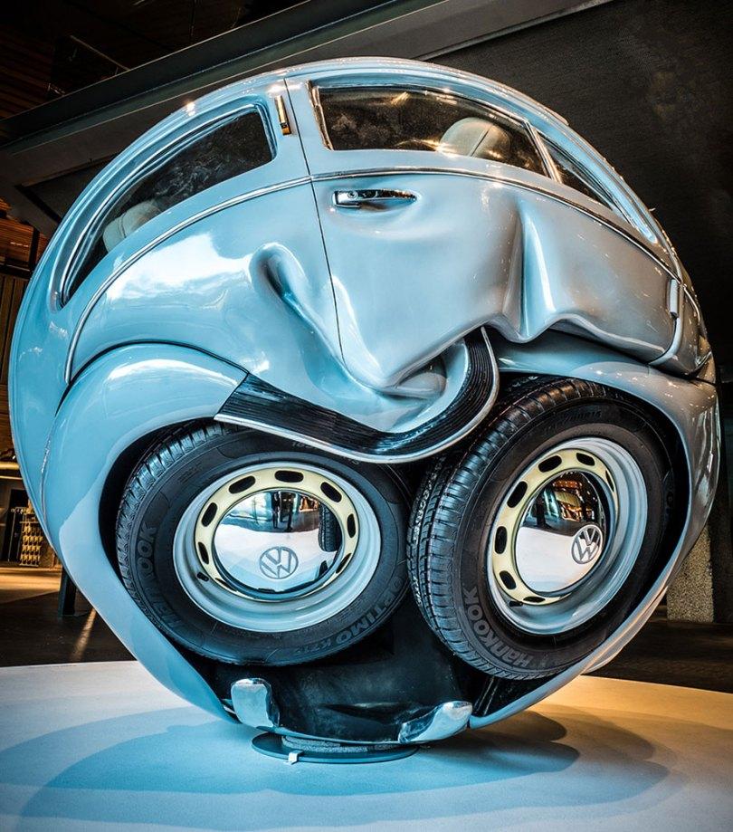 carro-bolas-carros-comprimido-em-perfeito-esferas-ichwan-noor-15