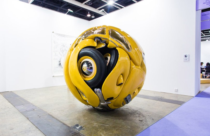 carro-bolas-carros-comprimido-em-perfeito-esferas-ichwan-noor-16