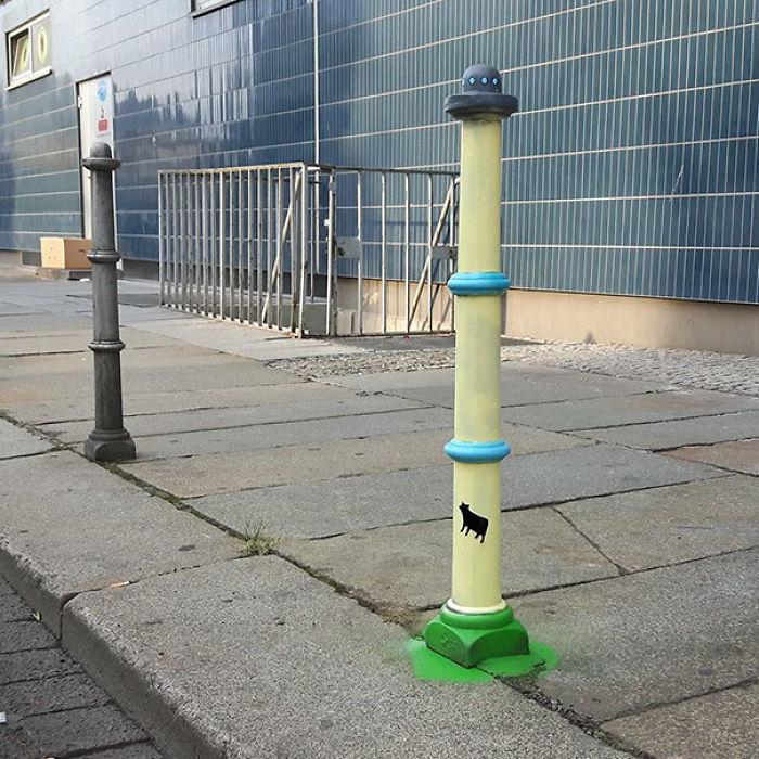59788055c26c0 creative street art positive vandalism 15 59704a8ee686d  700 - Coisas hilárias captadas em fotos
