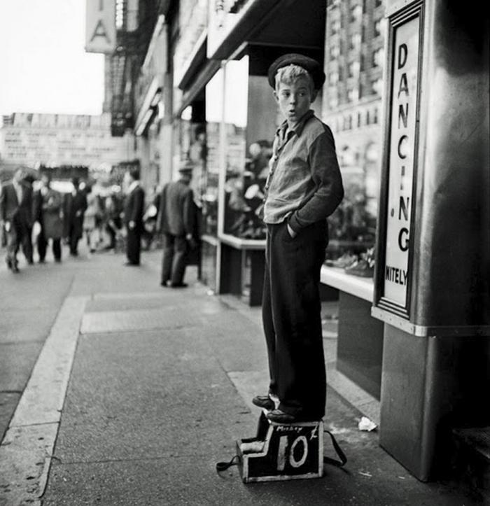59ad1113d475a vintage photographs new york street life stanley kubrick 16 59a91d0b4e1c6  700 - Fotos de Stanley Kubrick com 17 anos revela que ele sempre foi um gênio