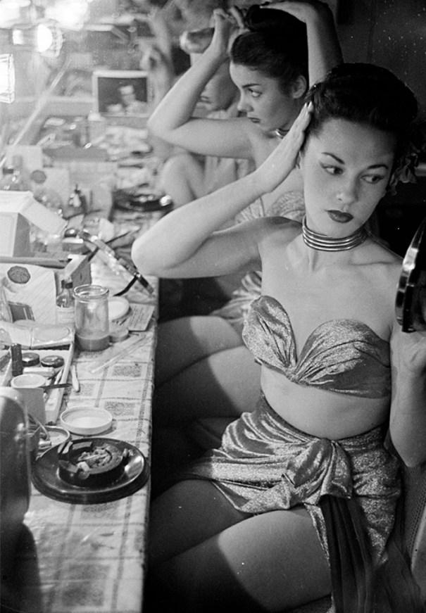 59ad11154cb52 vintage photographs new york street life stanley kubrick 42 59a955ce941a4  700 - Fotos de Stanley Kubrick com 17 anos revela que ele sempre foi um gênio