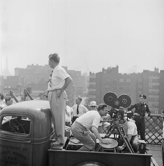 59ad1117da328 vintage photographs new york street life stanley kubrick 59a9240069444  700 - Fotos de Stanley Kubrick com 17 anos revela que ele sempre foi um gênio