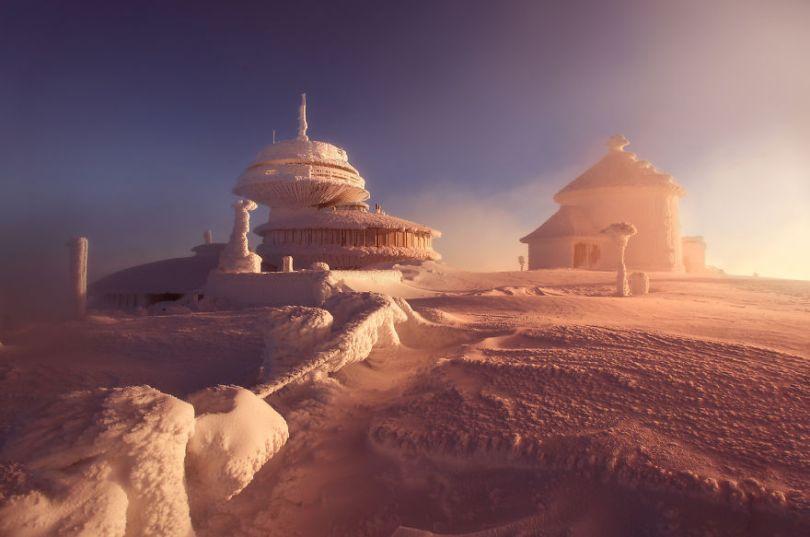 5a2e38423f9bf Sniezka 2122013 5 5a1596c121d94  880 - Inverno no Leste Europeu: Fotógrafo captura a deslumbrante beleza da Polônia
